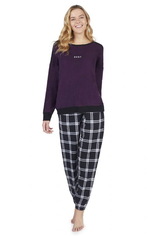 Top and Jogger Pyjama Set 2819328