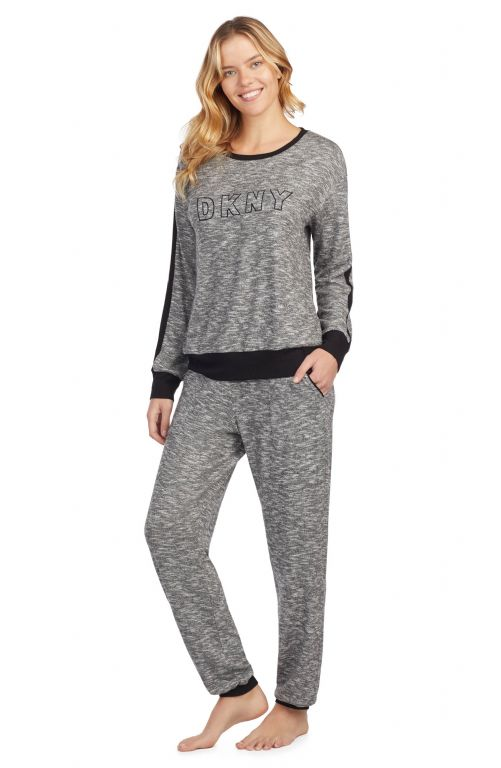 Top and Jogger Pyjama Set 2919325